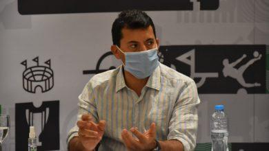 صورة وزير الرياضة يبحث ترتيبات حفل قرعة مونديال اليد مع اللجنة المنظمة