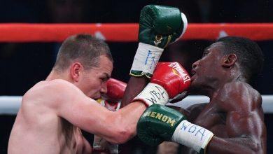 صورة الملاكم الروسي تشودينوف يتغلب على نظيره البريطاني صادق ويحتفظ بلقبه العالمي