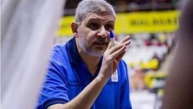 صورة الأهلي يبحث إقالة أشرف توفيق المدير الفني لفريق كرة السلة