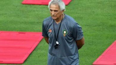صورة الجهاز الفني المغرب يبعد لاعبين بسبب كورونا ، وزياش حاضر في التشكيل