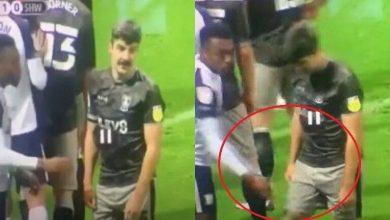صورة بالفيديو.. لاعب يقوم بالتحرش بمنافسه جنسيا أثناء مباراة في إنجلترا