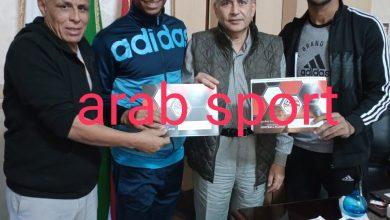 صورة خاص: مهاجم المنيا سمارة يوافق علي تخفيض عقده رسميا
