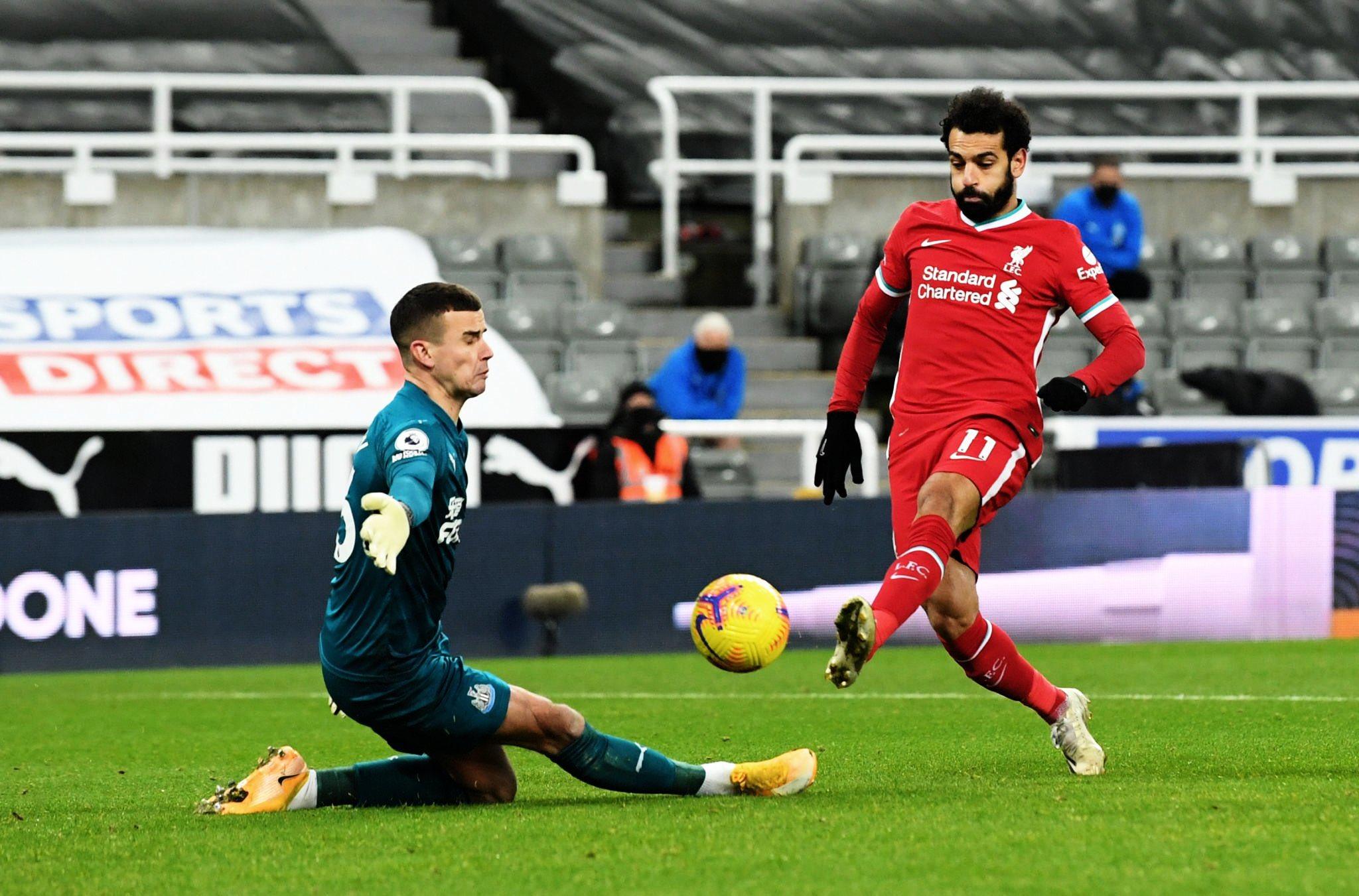 صورة ليفربول يواصل ترنحه ويسقط في فخ التعادل مجددا أمام نيوكاسل بمشاركة صلاح