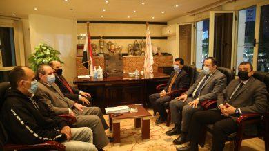 صورة وزير الرياضة يقوم بزيارة لمقر نادي الزمالك ويجتمع باللجنة المؤقتة للنادي