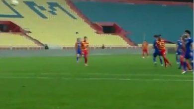 صورة بالفيديو.. لاعب نيجيري يحرز هدفا عالميا في الدوري العراقي