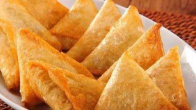 صورة طريقة عمل السمبوسك بحشوتي اللحمة والجبنة أكلات خفيفة رمضانية